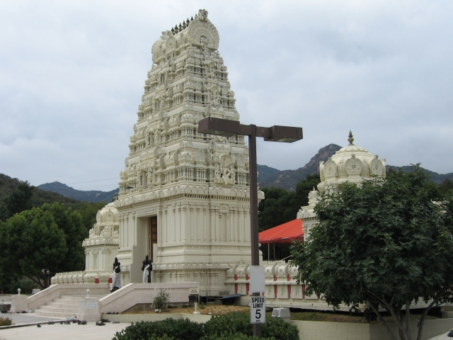 HINDU BRAHMIN CUTOFF FROM HIS GOD AND TEMPLE: